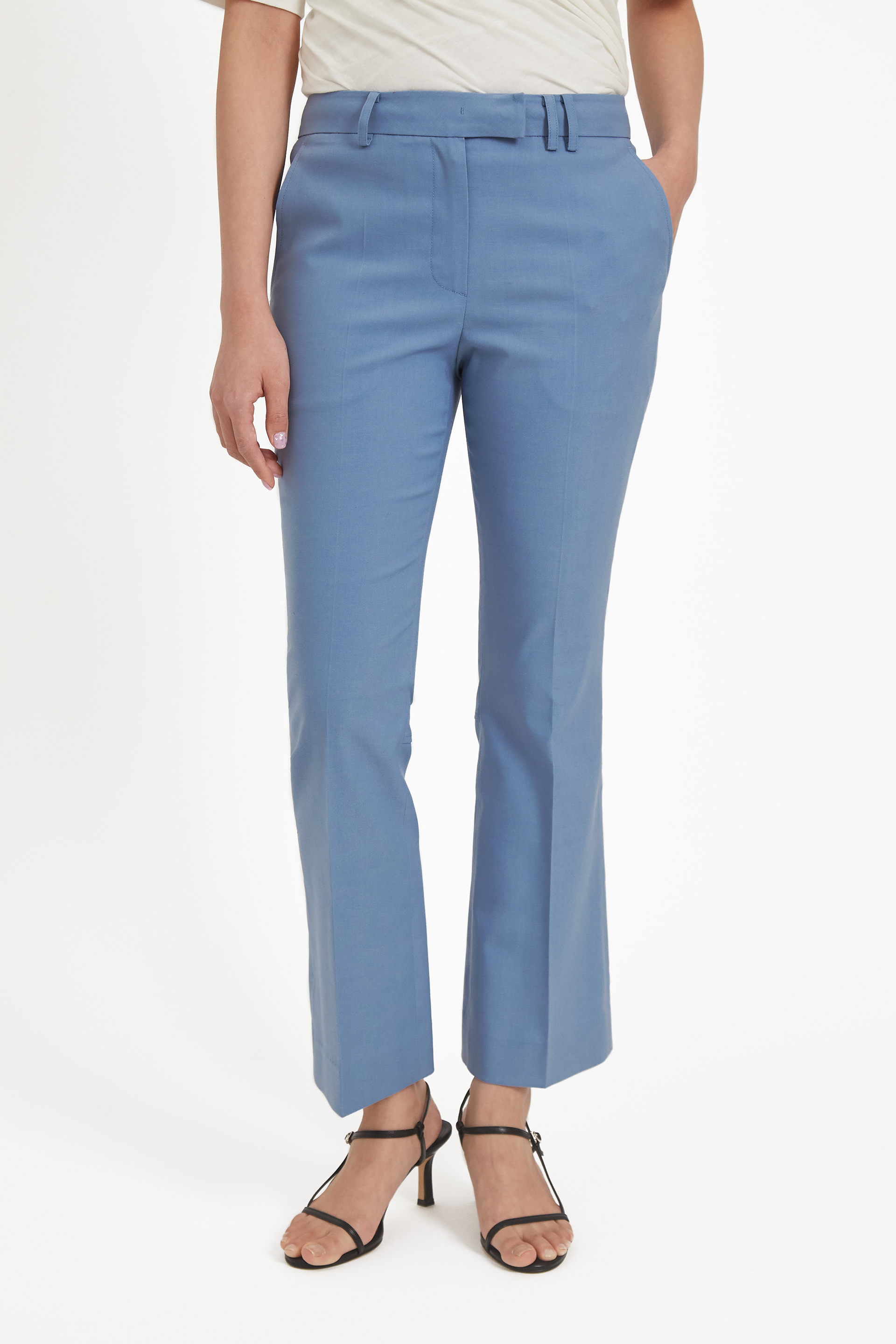 [40% OFF]Light blue linen cropped flare trousers